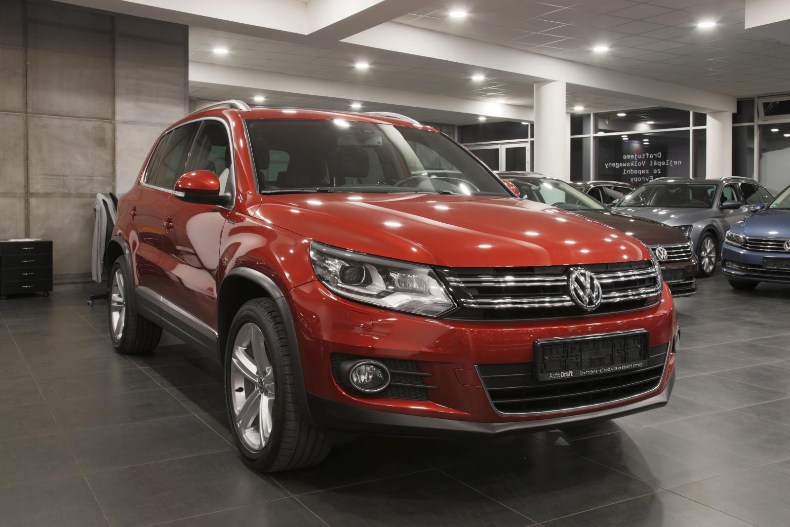 volkswagen tiguan lounge 2 0 tdi dsg 4motion 130 kw autodraft r s r o. Black Bedroom Furniture Sets. Home Design Ideas