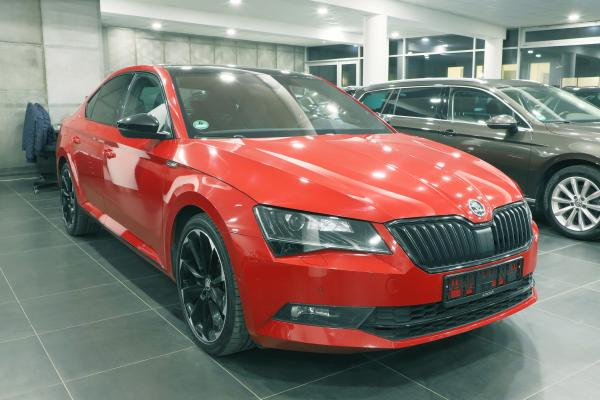 Škoda Superb 3 Lim.  2.0 TDI 140kW DSG 4x4 Sportline / Webasto