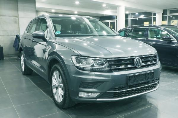 Volkswagen Tiguan Highline 4x4 2.0 TDI 140kW DSG / Active info display