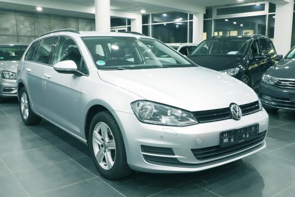 Volkswagen Golf 7 Variant Comfortline 2.0 TDI 110kW