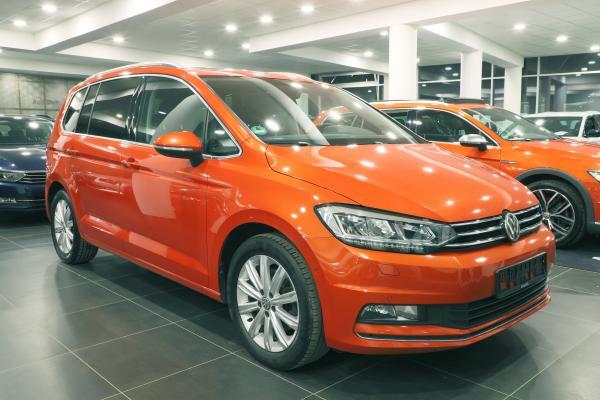Volkswagen Touran Highline 2.0 TDI 140kW DSG