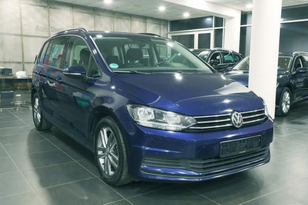 Volkswagen Touran Comfortline 2.0 TDI 110kW DSG / 7-míst