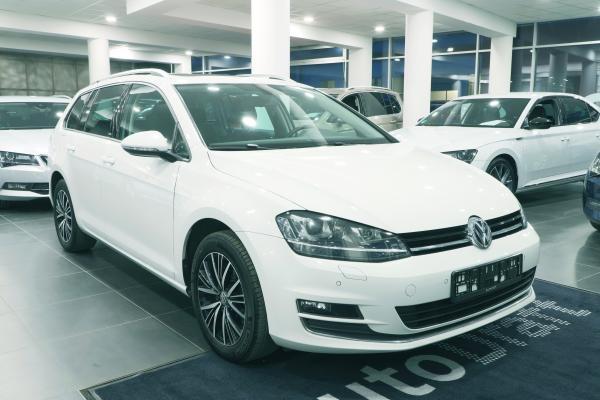 """Volkswagen Golf 7 Variant """"ALLSTAR"""" 1.4 TSI 92kW"""