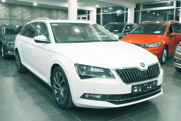 Škoda Superb 3 Combi Laurin & Klement 4x4 2.0 TDI 140kW DSG