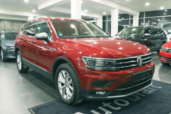 Volkswagen Tiguan Allspace Highline 4x4 2.0 TDI 140kW DSG / Active info display