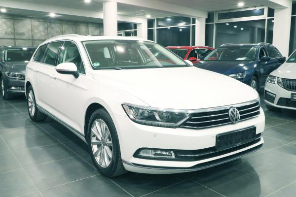 Volkswagen Passat B8 Variant Highline 2.0 TDI 140kW DSG / Active Info Display