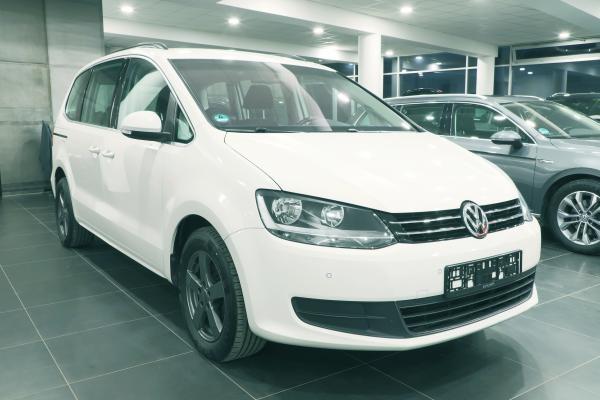 Volkswagen Sharan 2.0 TDI 103kW Comfortline / int. dětské sedačky / 7-míst
