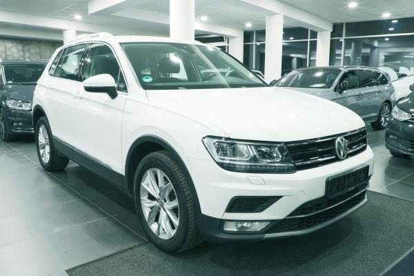 Volkswagen Tiguan Highline 4x4 2.0 TDI 110kW DSG / Active info display