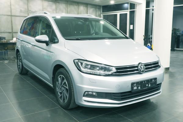 """Volkswagen Touran """"SOUND"""" 2.0 TDI 110kW DSG"""
