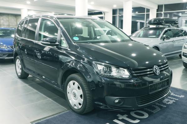 """Volkswagen Touran """"MATCH"""" 2.0 TDI 103kW DSG / 7-míst"""