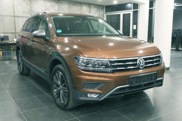 Volkswagen Tiguan Allspace Highline 4x4 2.0 TDI 176kW DSG / Webasto / Active info display