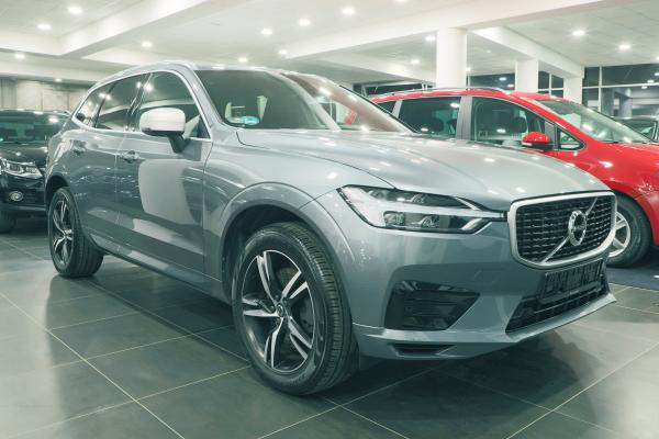 Volvo XC60 D4 140kW AWD 4x4 Geartronic R-Design