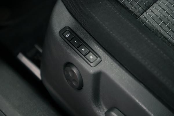 6581-img-2002-jpg-bsLtKU.jpg