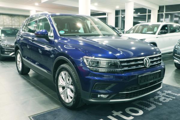 Volkswagen Tiguan Highline 4x4 2.0 TDI 176kW DSG / Active info display