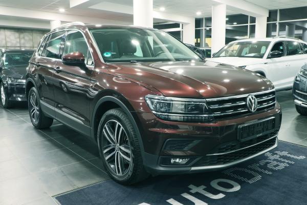 Volkswagen Tiguan Highline 4x4 2.0 TDI 140kW DSG / Active info Display