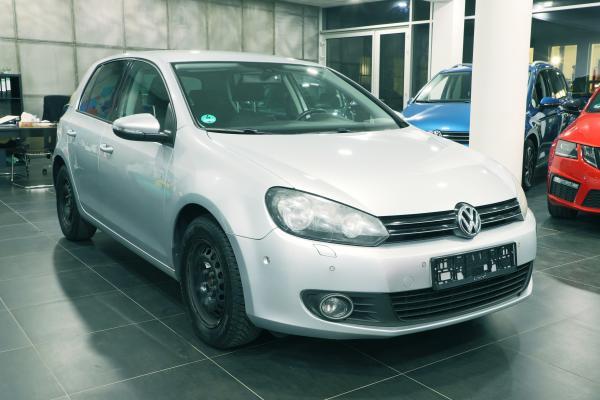 "Volkswagen Golf 6 ""TEAM"" 1.6 TDI 77kW"