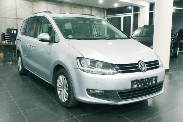 Volkswagen Sharan Comfortline 2.0 TDI 103kW / 7-míst / Int. dětské sedačky